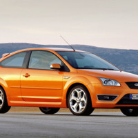 Orange Ford Focus ST