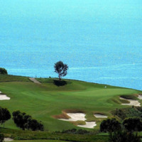 Golf on Ocean Cliff